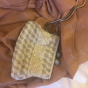 Vintage beaded coin pouch / clutch